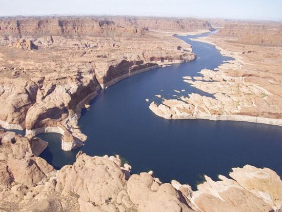 rio_en_desierto