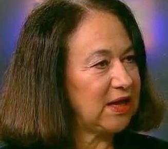 Karen Hudes, ex Ejecutiva del Banco Mundial, afirma que somos Esclavos de una Especie no Humana Mini1-327x290
